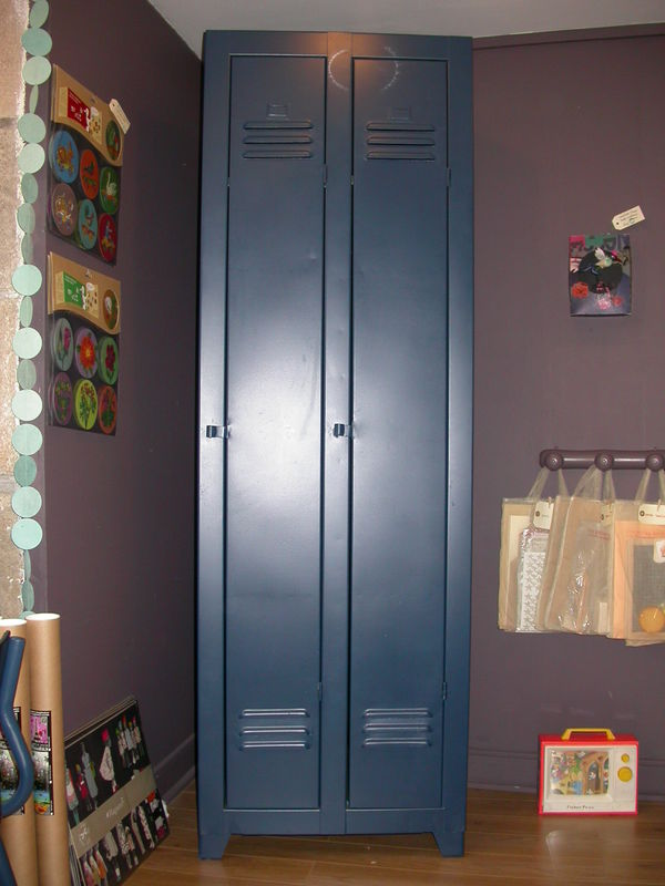armoire m tallique vestiaire id es de d coration int rieure french decor. Black Bedroom Furniture Sets. Home Design Ideas