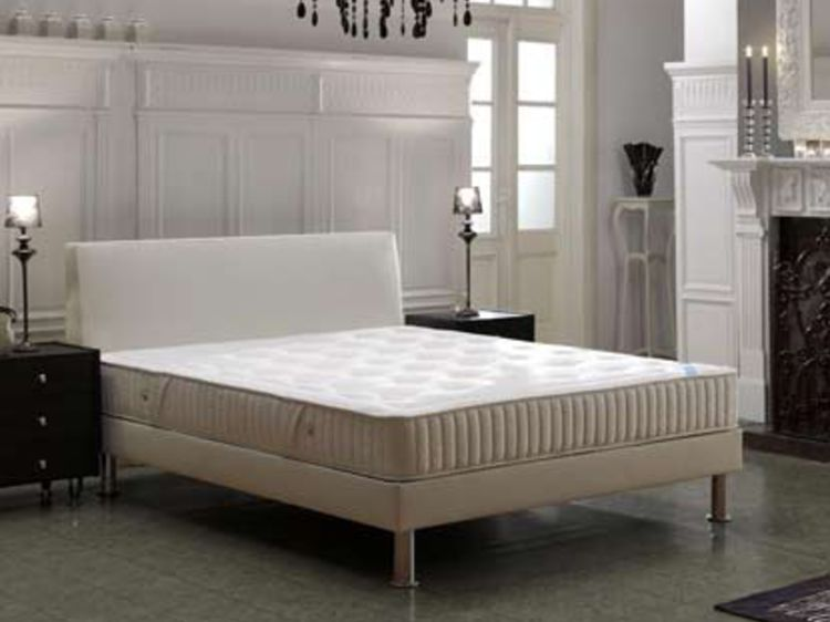 conforama challans literie fabulous interesting matelas bodyline hybrid relax with maison de la. Black Bedroom Furniture Sets. Home Design Ideas