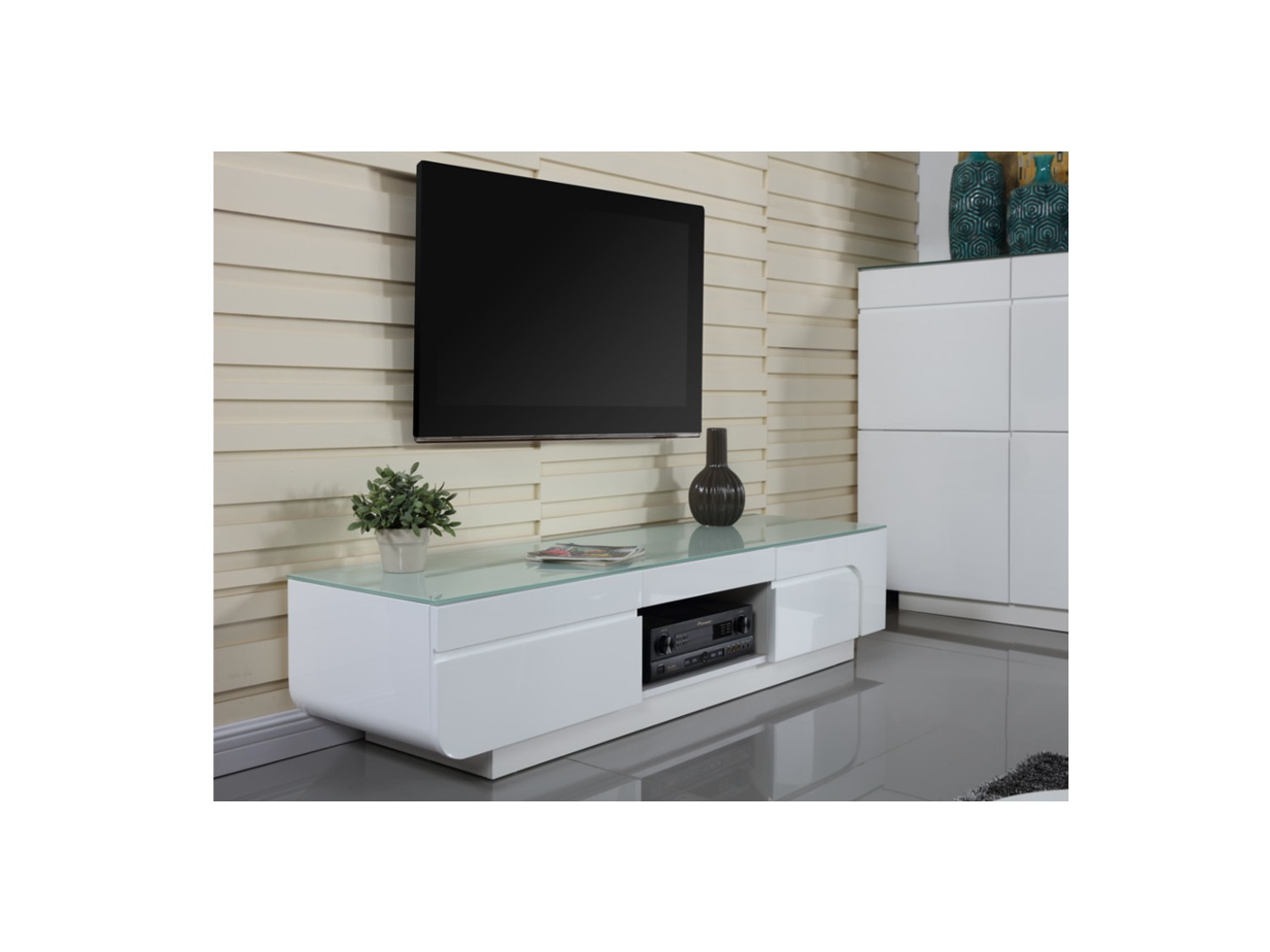 Meuble Tv En Verre Id Es De D Coration Int Rieure French Decor # Table Tv En Vitre