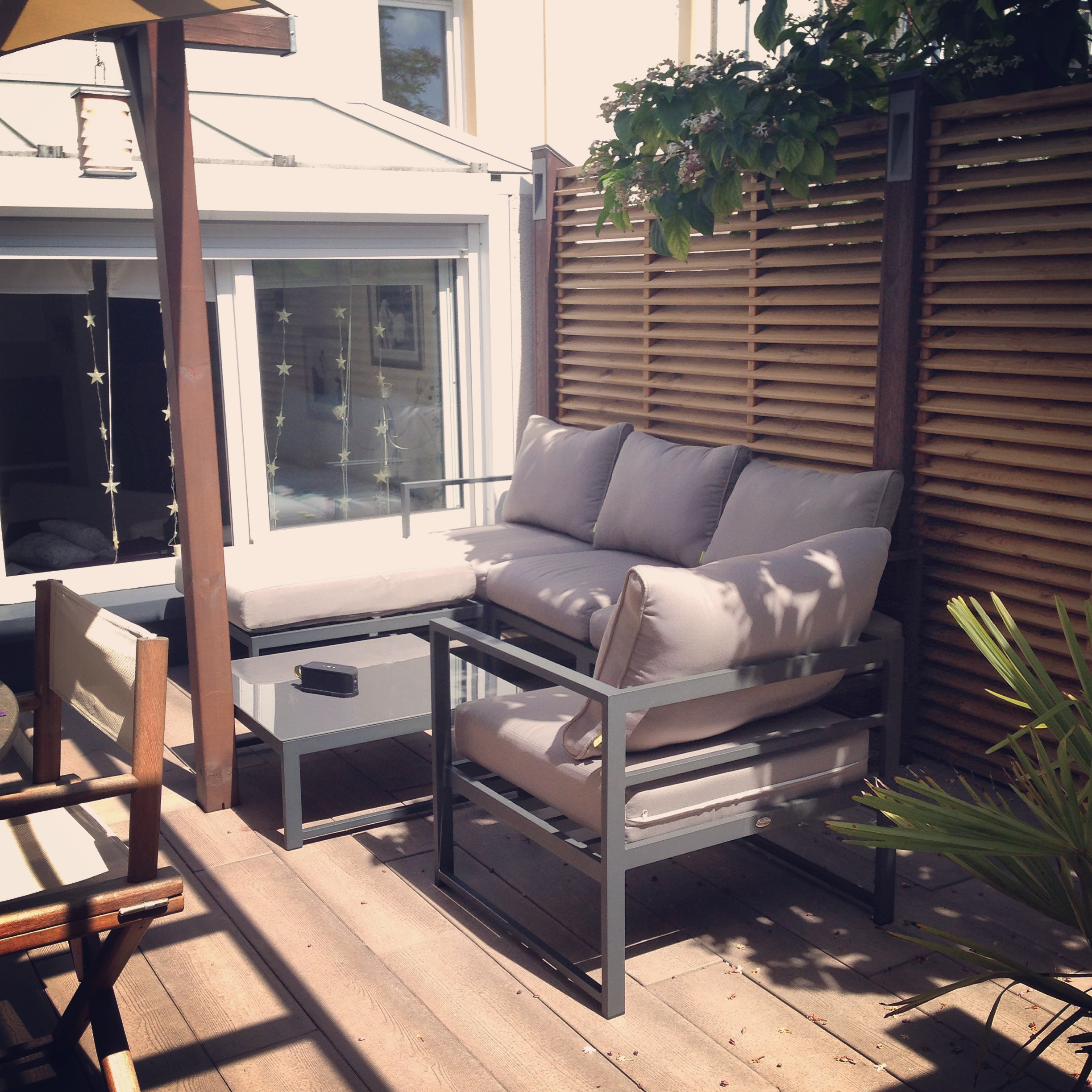 Awesome Salon De Jardin Aluminium Azua Noir Contemporary - Amazing ...