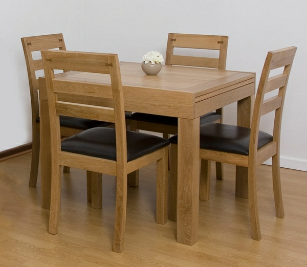 table a manger chaises