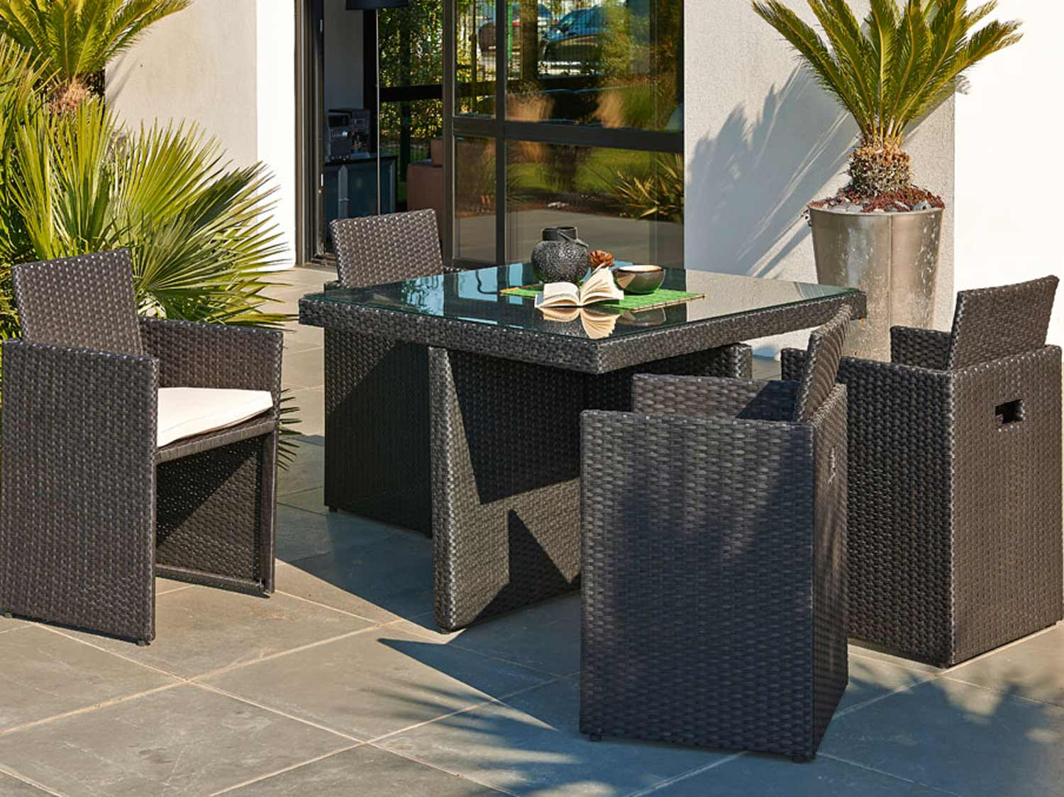 table de salon de jardin excellent top salon de jardin. Black Bedroom Furniture Sets. Home Design Ideas