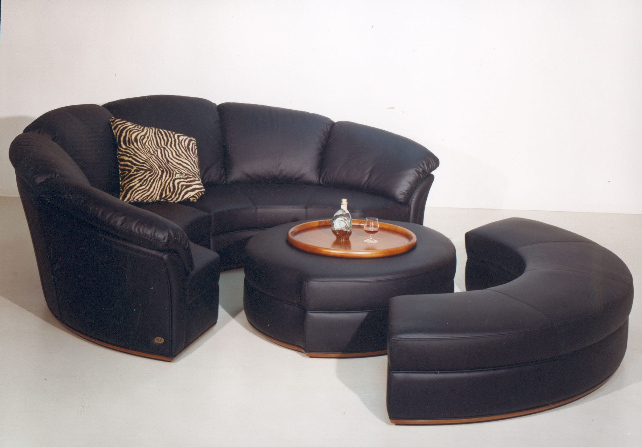 canap angle rond 5 id es de d coration int rieure french decor. Black Bedroom Furniture Sets. Home Design Ideas