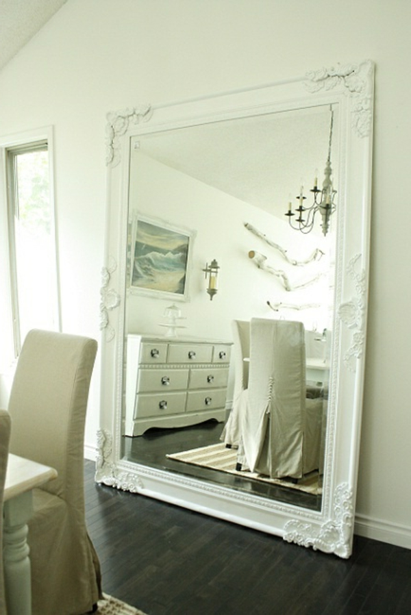 grand miroir blanc id es de d coration int rieure french decor. Black Bedroom Furniture Sets. Home Design Ideas