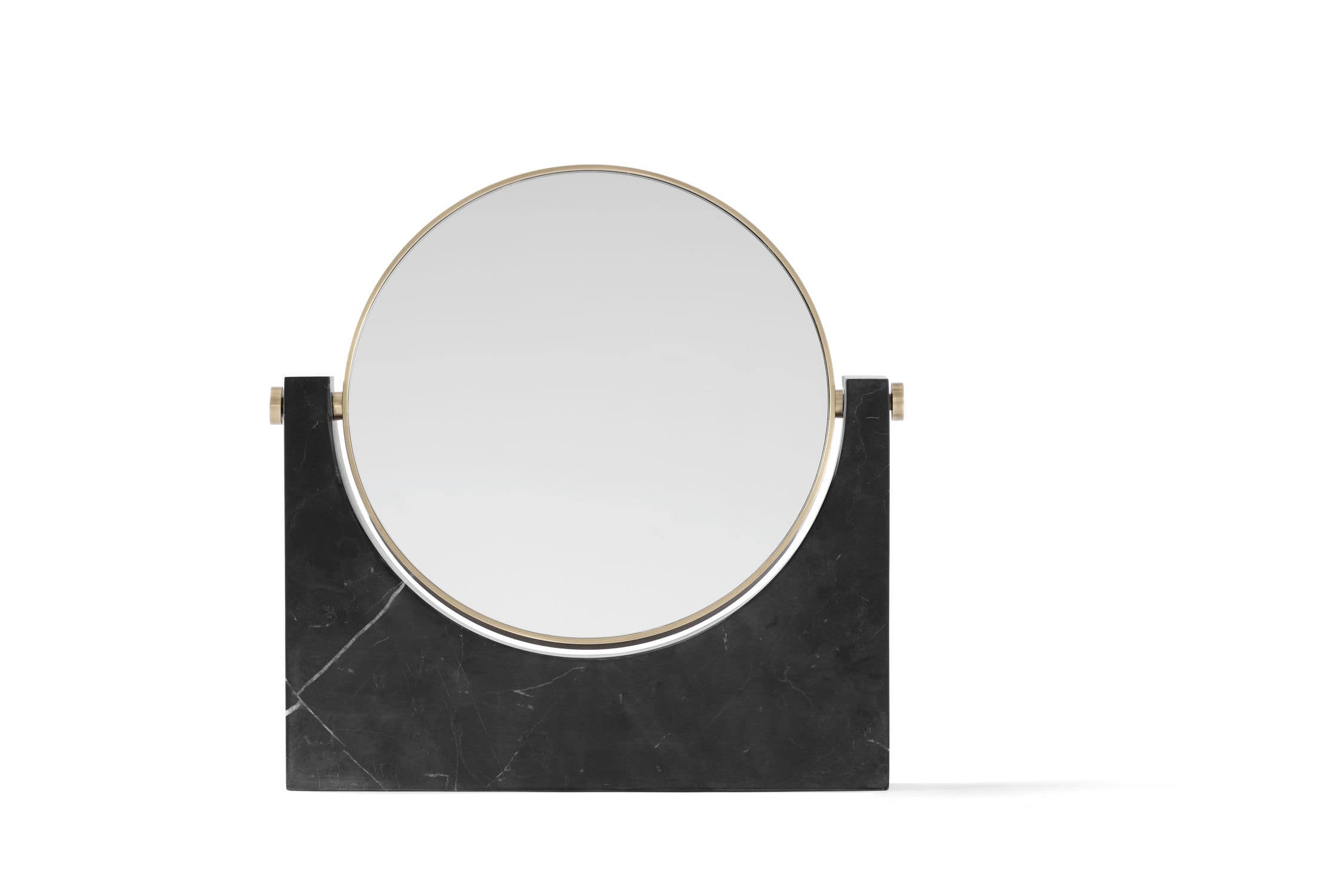 Miroir poser id es de d coration int rieure french decor for Miroir in french