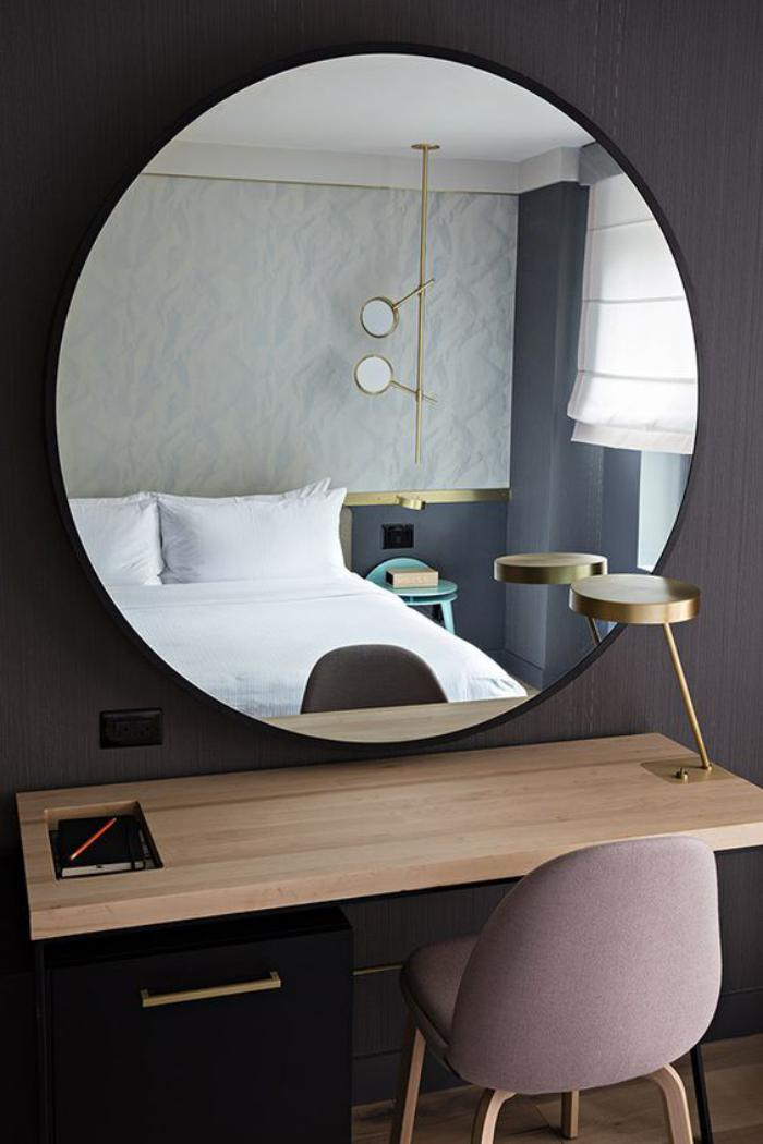 Miroir rond design 12 id es de d coration int rieure for Miroir rond design