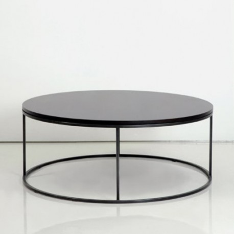 Table basse ronde noir 12 id es de d coration int rieure for Table basse noir ronde
