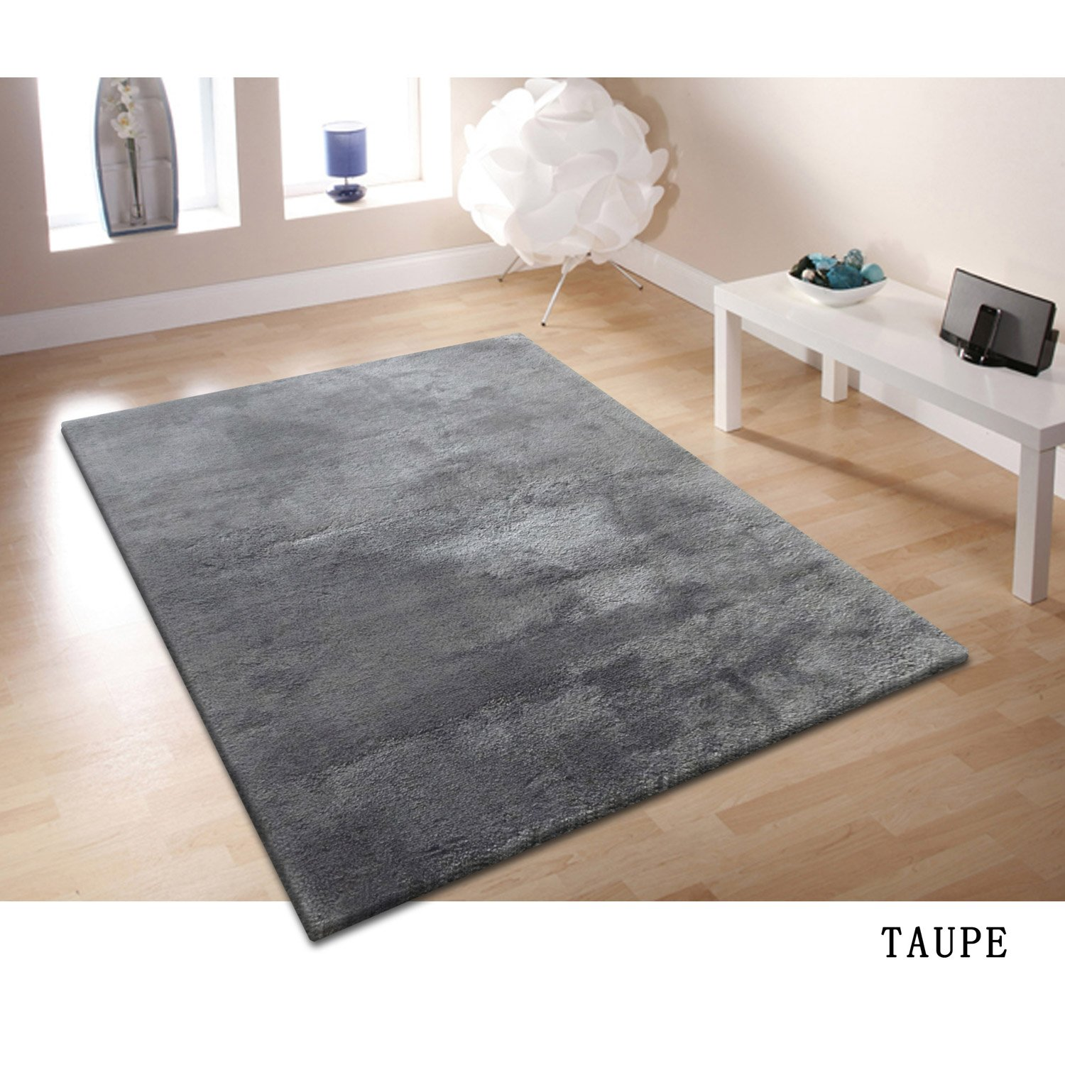 tapis doux salon 12 id es de d coration int rieure french decor. Black Bedroom Furniture Sets. Home Design Ideas