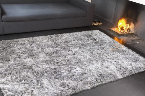 Tapis Poil Long Gris Idees De Decoration Interieure French Decor