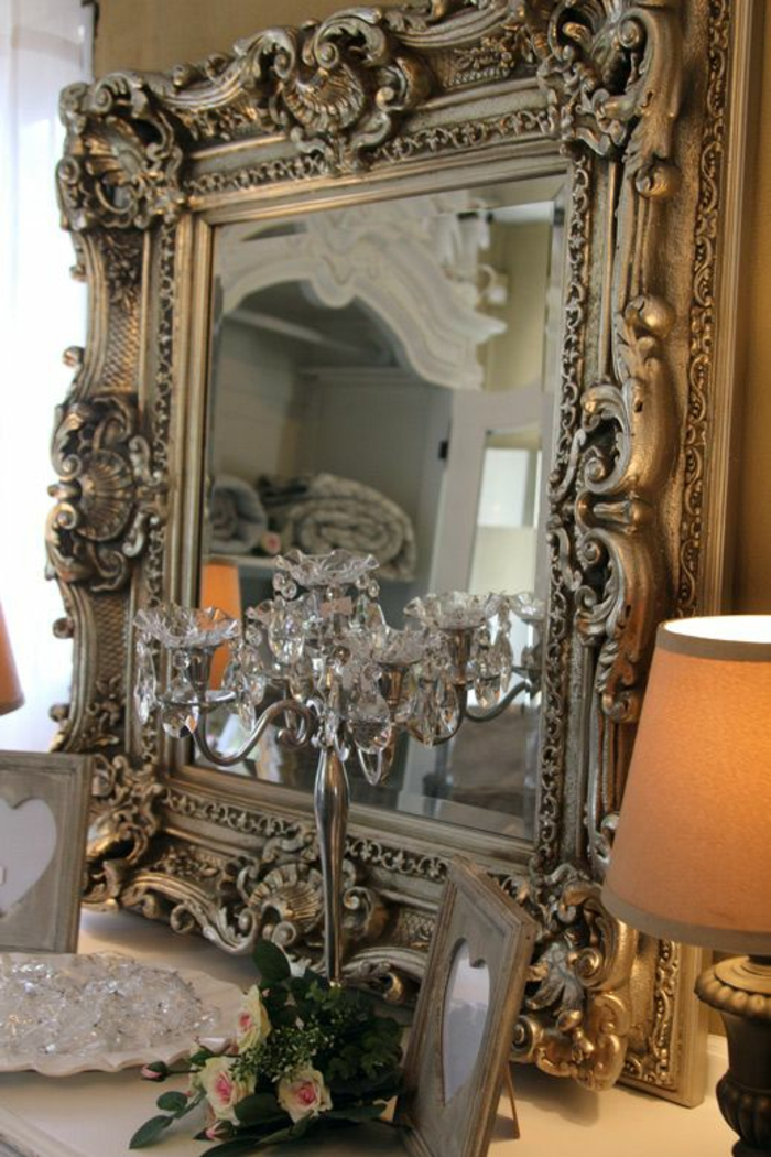 Grand miroir style baroque 18 id es de d coration for Grand miroir baroque