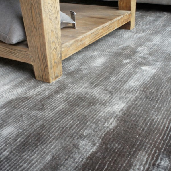 grand tapis gris id es de d coration int rieure french decor. Black Bedroom Furniture Sets. Home Design Ideas