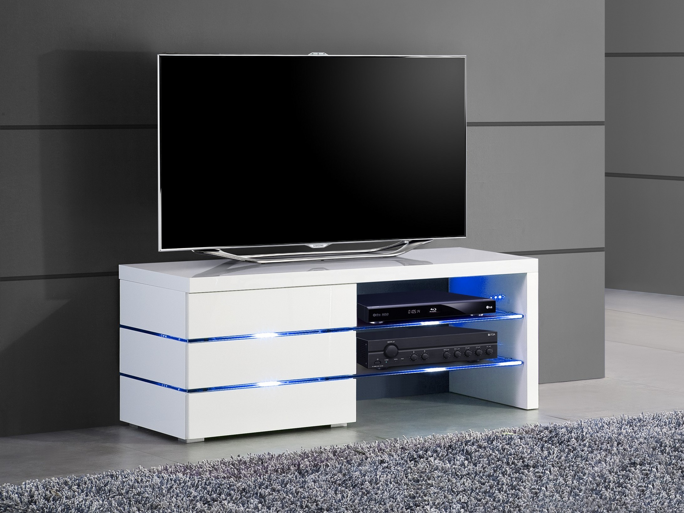 meuble tv blanc haut id es de d coration int rieure french decor. Black Bedroom Furniture Sets. Home Design Ideas