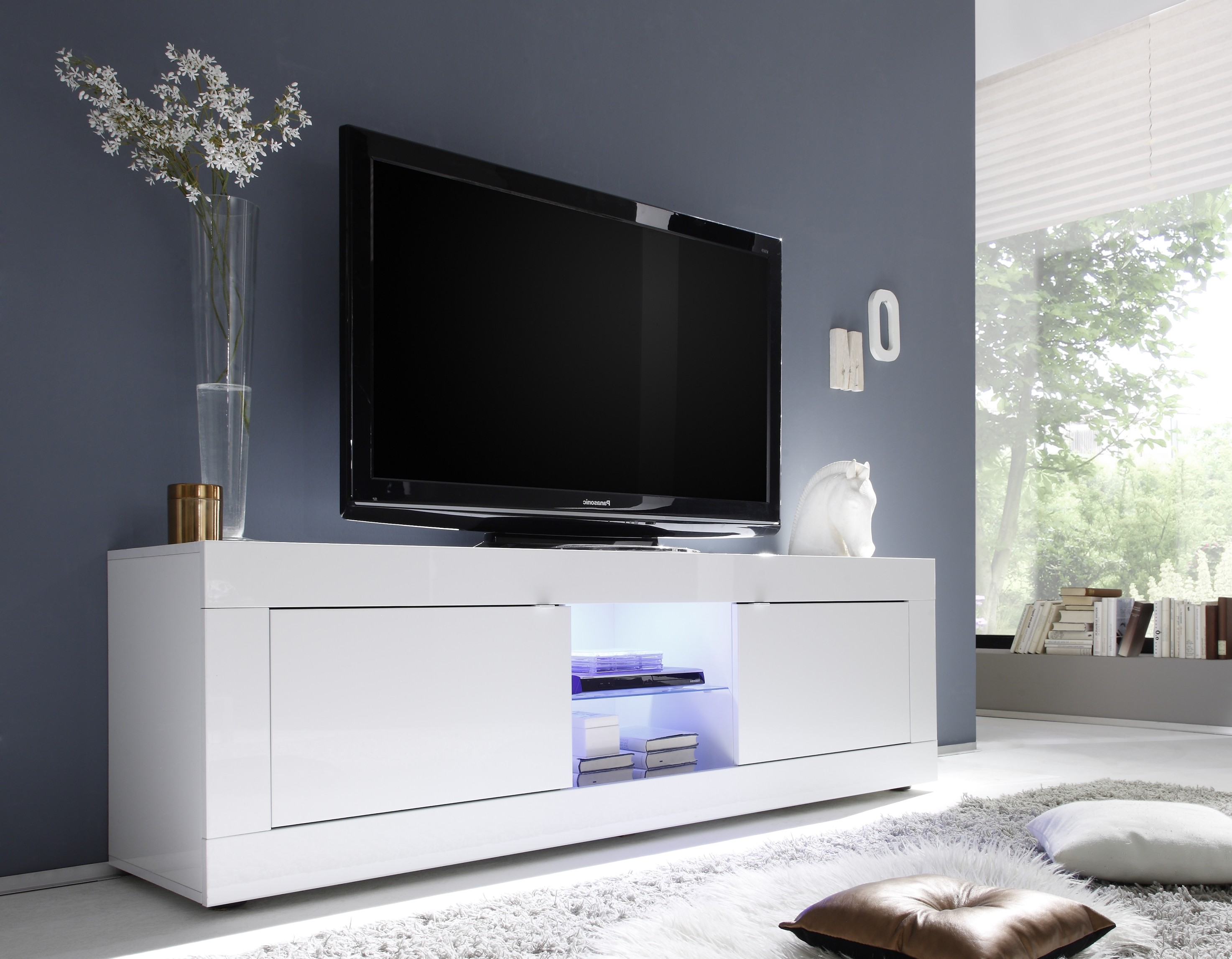 meubles tele blanc laque id es de d coration int rieure. Black Bedroom Furniture Sets. Home Design Ideas