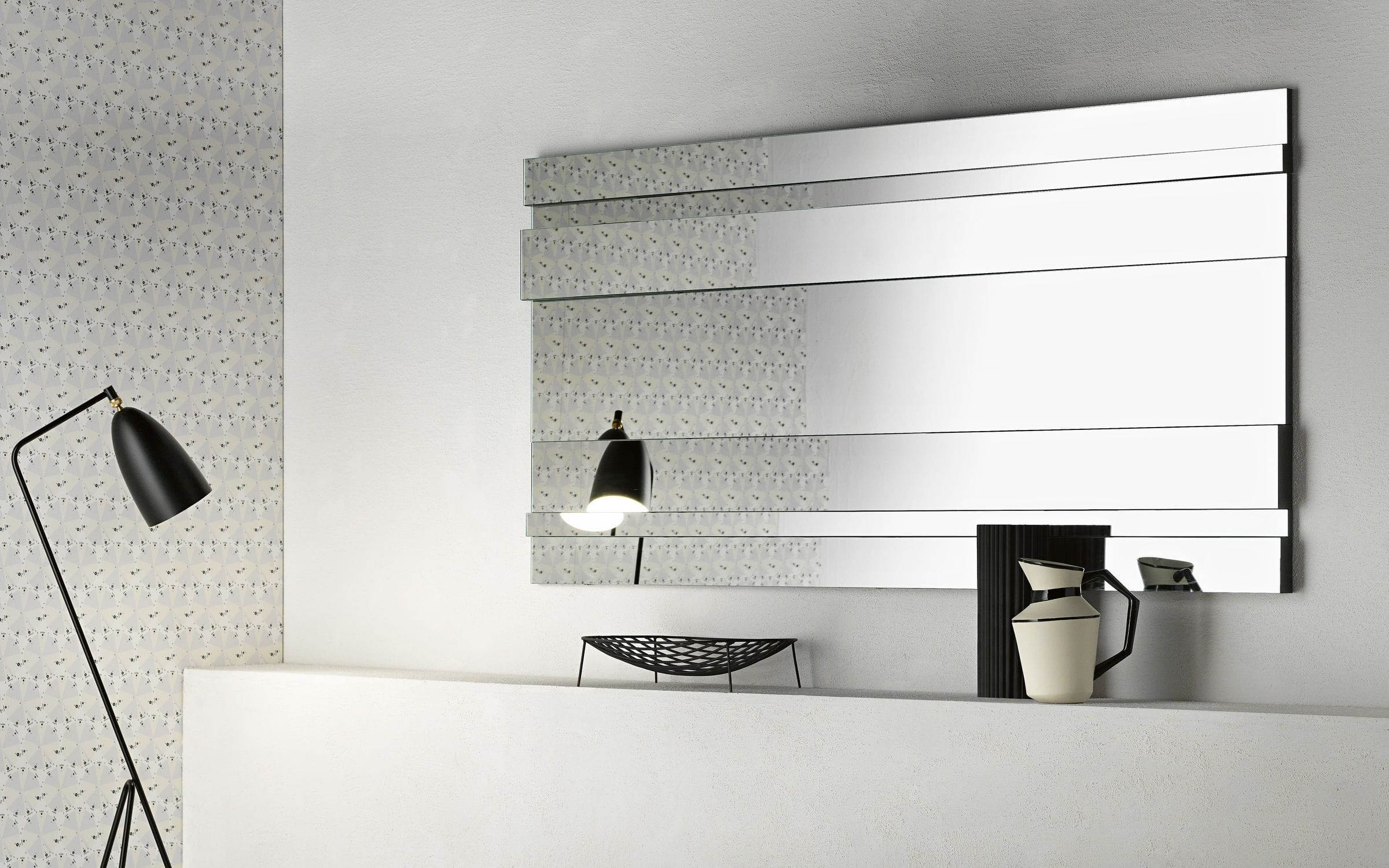 Miroir carre design id es de d coration int rieure for Miroir carre