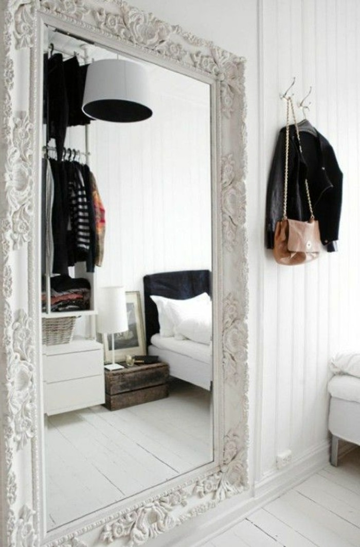 miroir encadrement blanc id es de d coration int rieure french decor. Black Bedroom Furniture Sets. Home Design Ideas