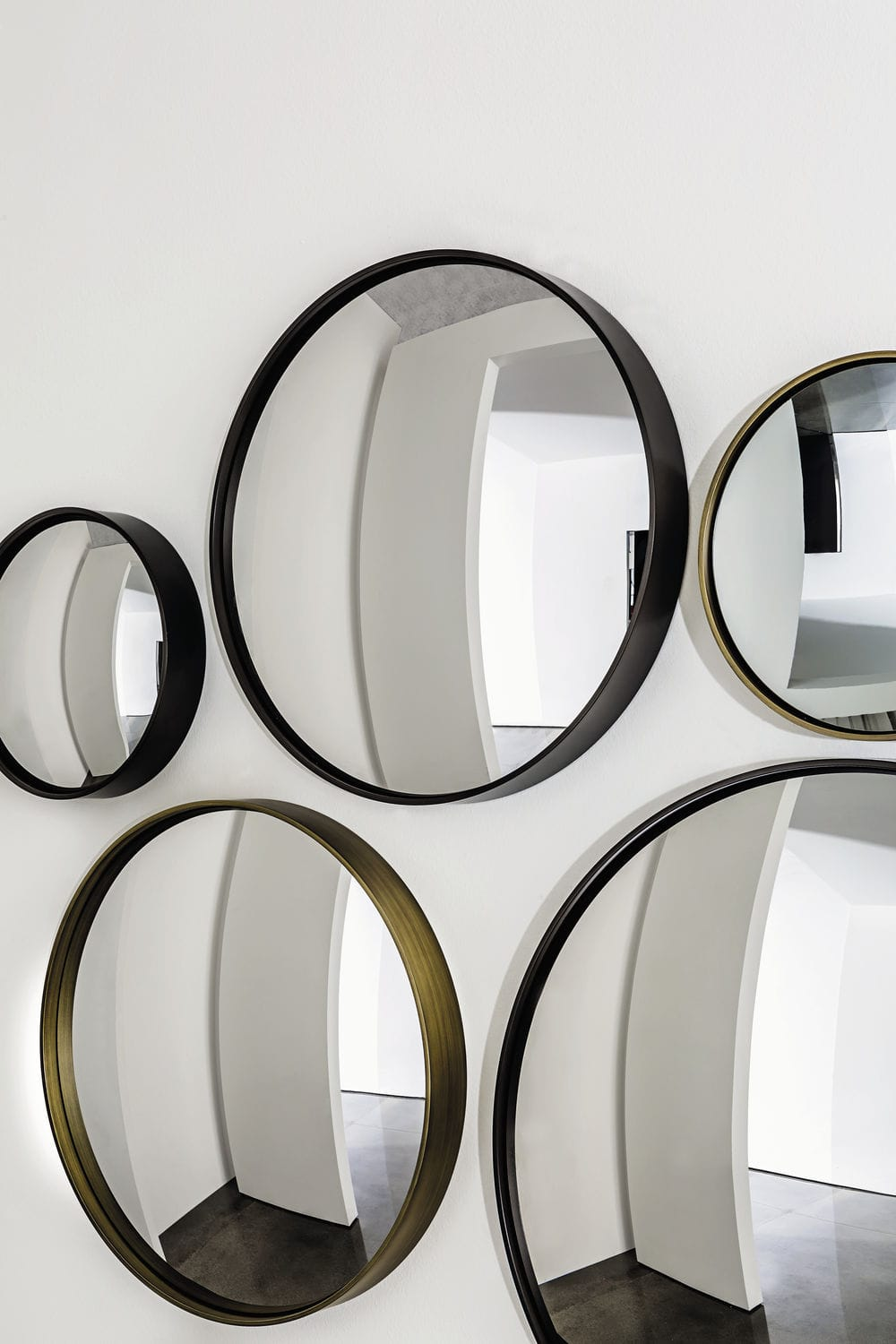 miroir rond a suspendre 17 id es de d coration int rieure french decor. Black Bedroom Furniture Sets. Home Design Ideas