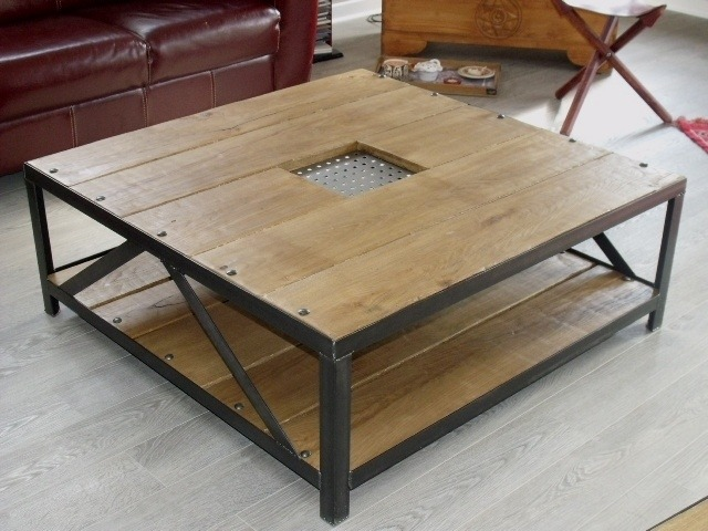 table basse en bois et fer id es de d coration int rieure french decor. Black Bedroom Furniture Sets. Home Design Ideas