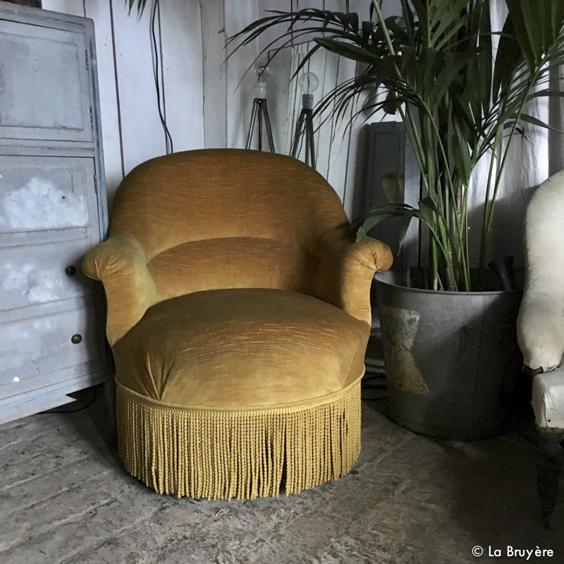 fauteuil crapaud moutarde