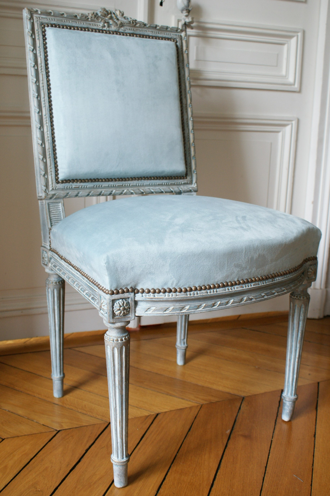 chaise louis xvi id es de d coration int rieure french. Black Bedroom Furniture Sets. Home Design Ideas