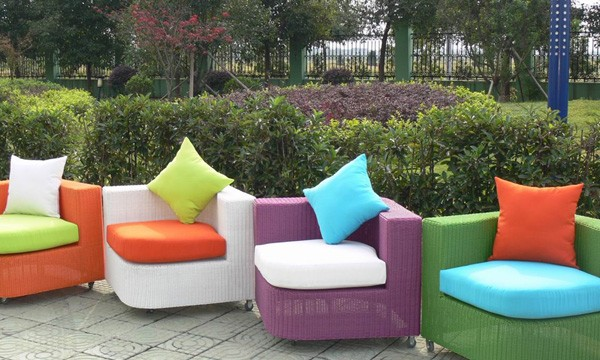 Beautiful Chaise De Salon De Jardin En Couleur Gallery - Design ...