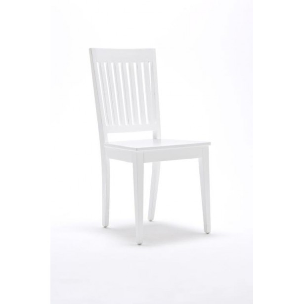 chaises blanches bois