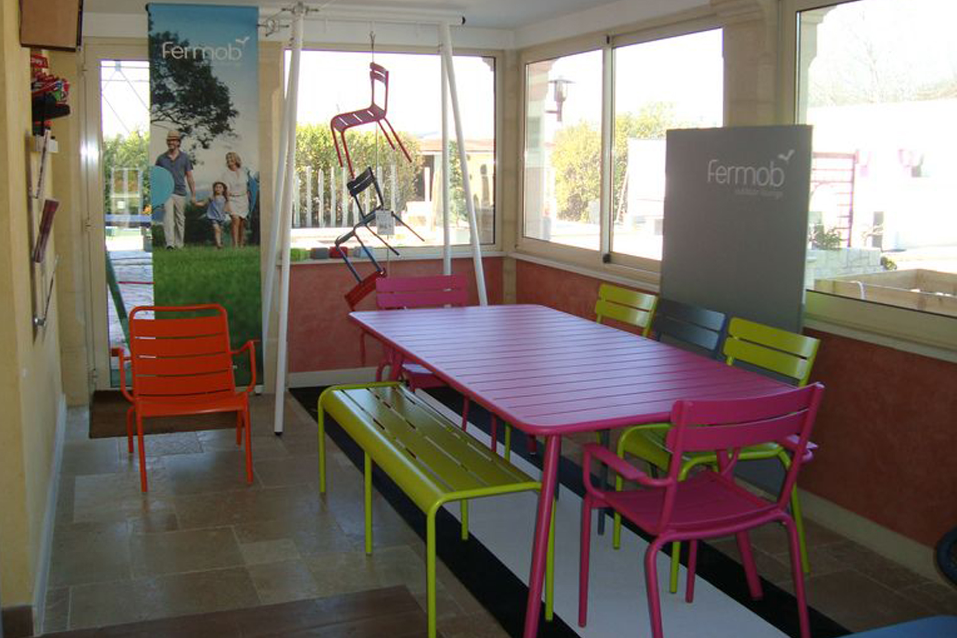 Awesome Table De Jardin De Couleur Photos - House Design ...