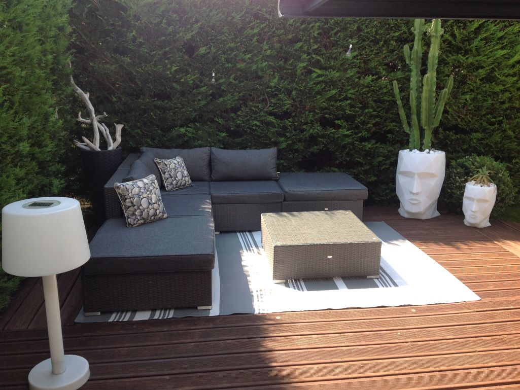 salon de jardin terrasse id es de d coration int rieure french decor. Black Bedroom Furniture Sets. Home Design Ideas