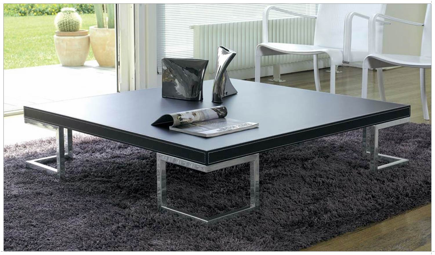 grande table basse de salon id es de d coration int rieure french decor. Black Bedroom Furniture Sets. Home Design Ideas