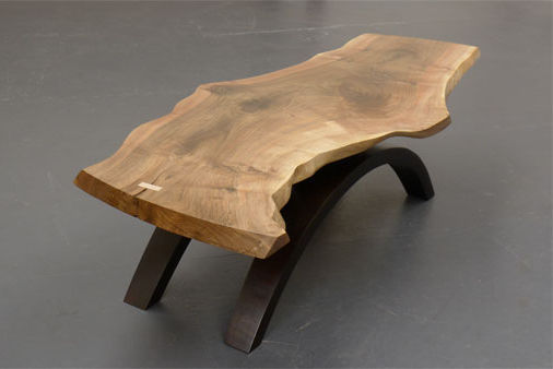 table basse en bois massif design