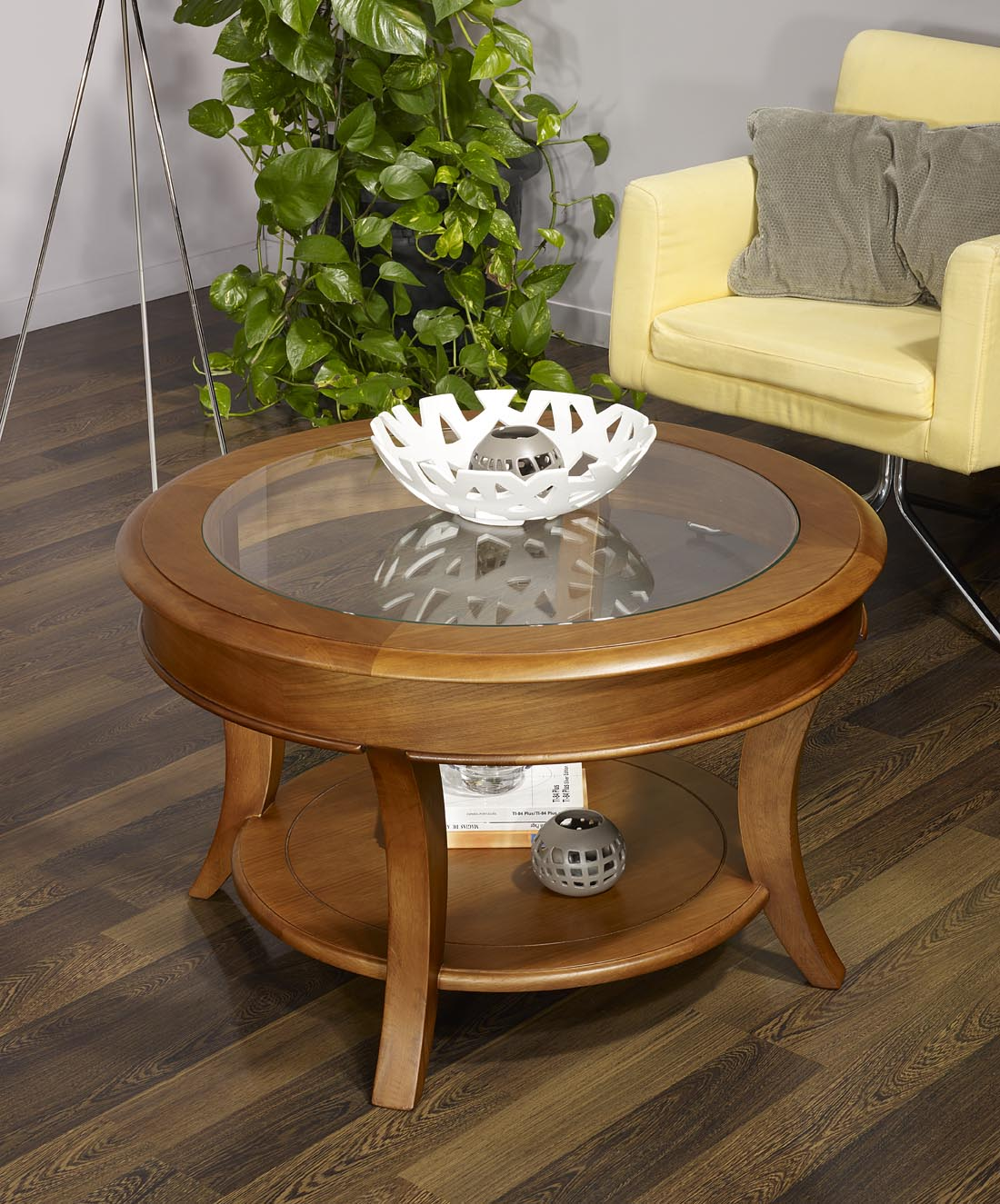 table basse ronde bois massif id es de d coration. Black Bedroom Furniture Sets. Home Design Ideas
