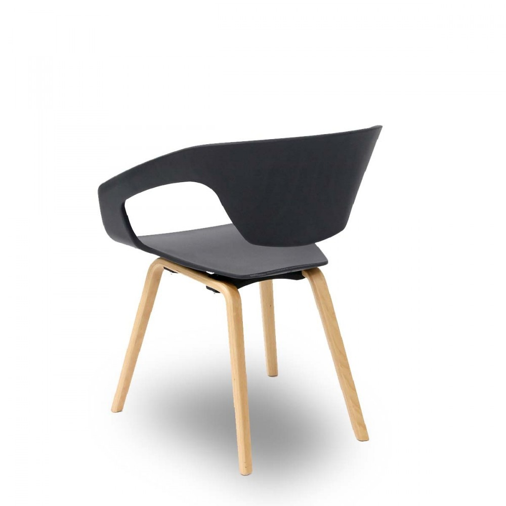 chaises scandinaves noires