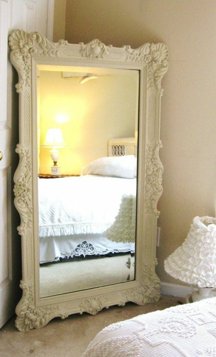 encadrement miroir id es de d coration int rieure french decor. Black Bedroom Furniture Sets. Home Design Ideas