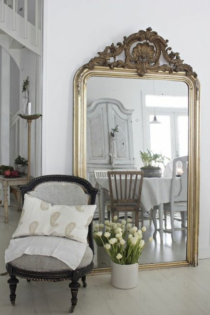 miroir baroque noir ovale id es de d coration int rieure french decor. Black Bedroom Furniture Sets. Home Design Ideas