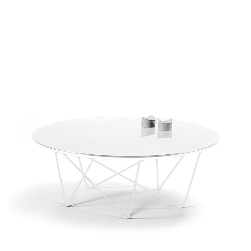 table basse ronde blanche id es de d coration int rieure french decor. Black Bedroom Furniture Sets. Home Design Ideas
