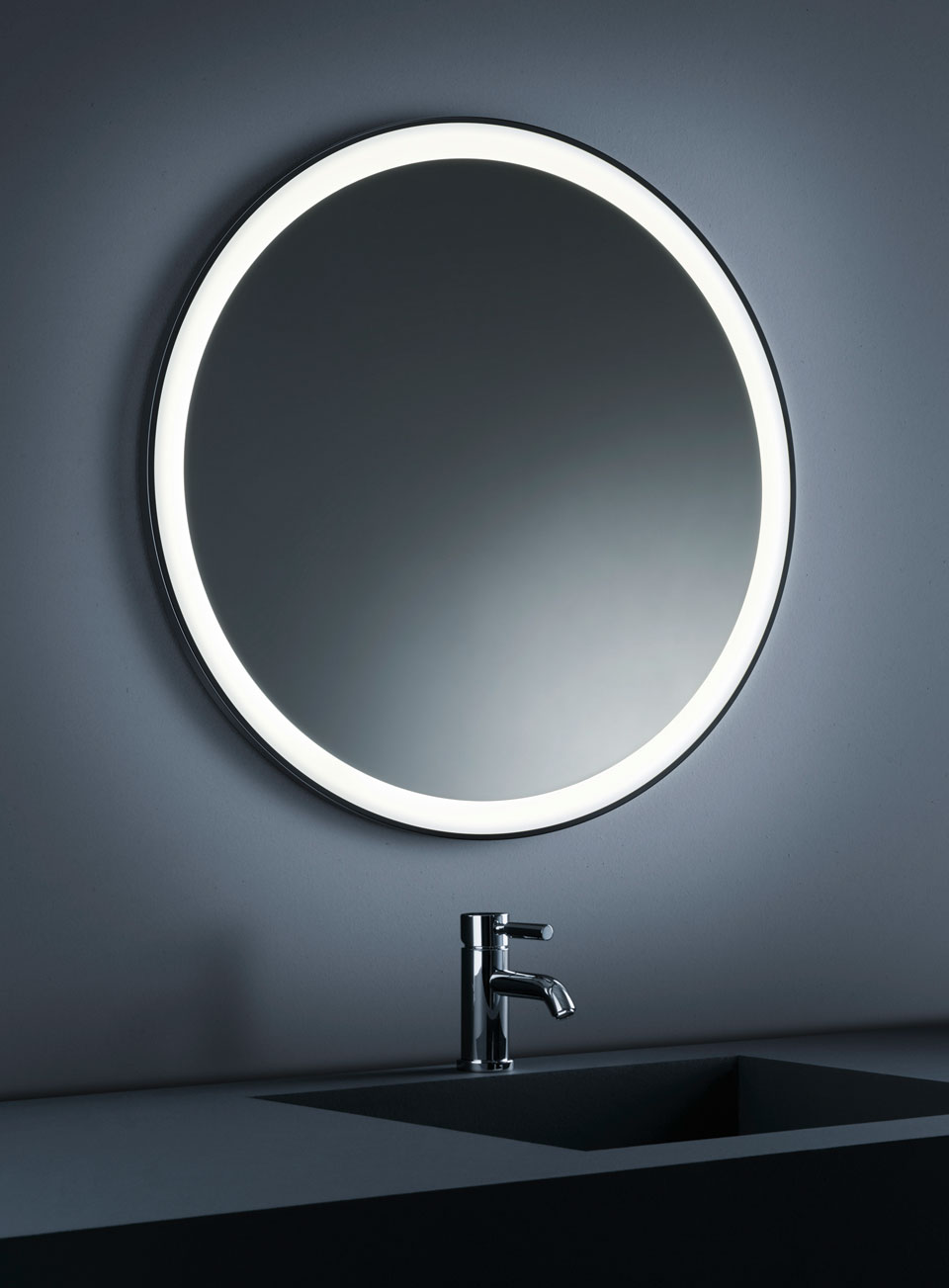 miroir salle de bain rond id es de d coration int rieure. Black Bedroom Furniture Sets. Home Design Ideas