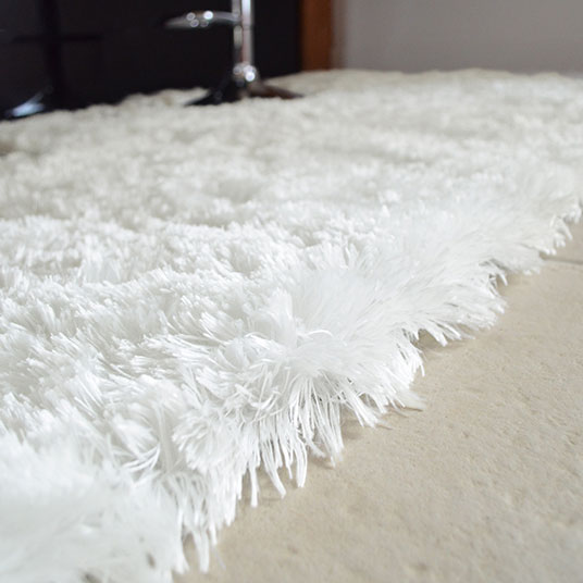 Tapis Blanc Poil Long Idees De Decoration Interieure French Decor
