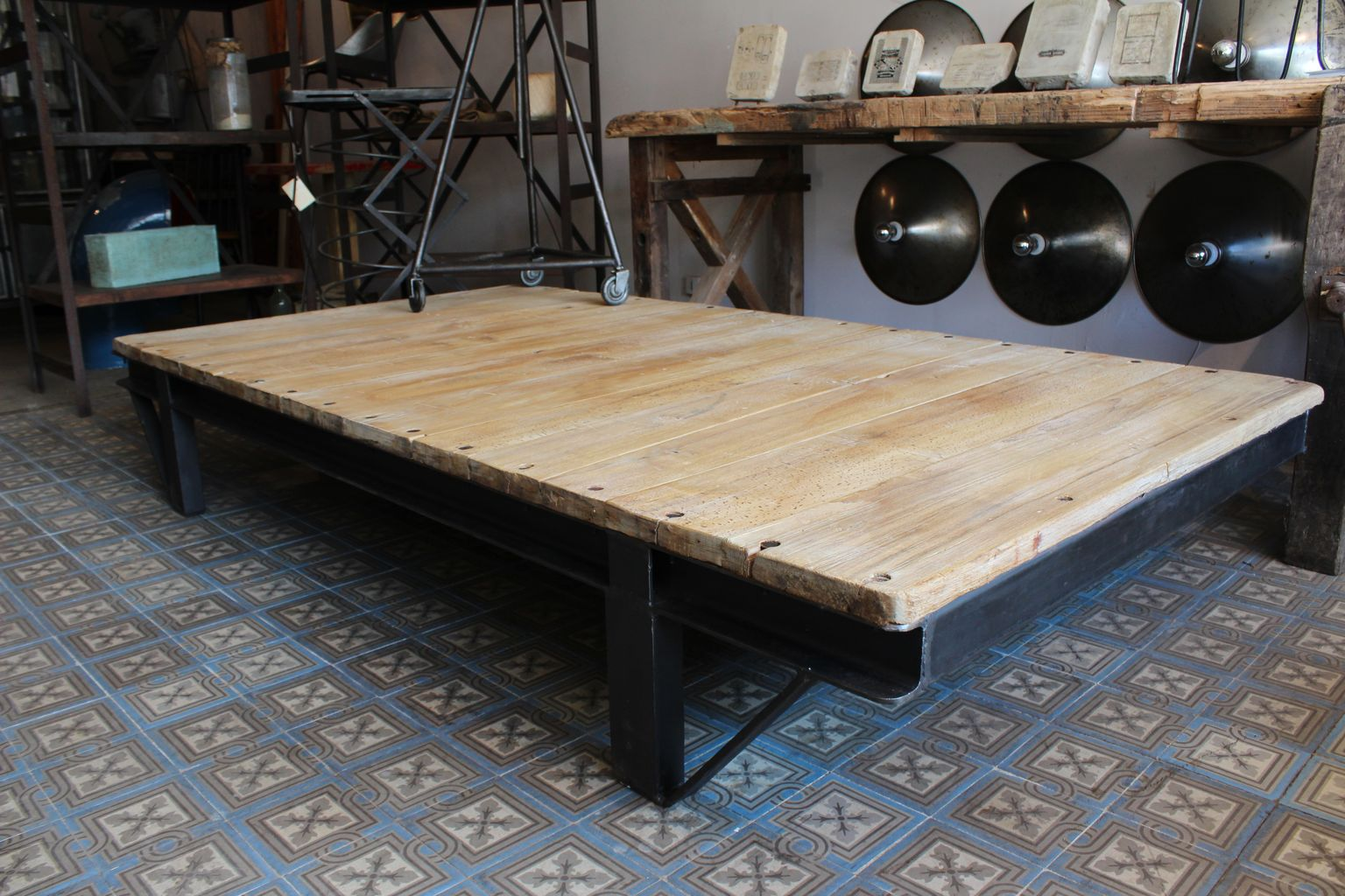 Grande Table Basse Idees De Decoration Interieure French